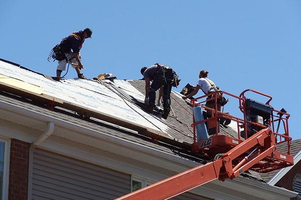 Réfection de toit par l'équipe de L2 toiture